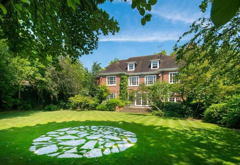7 Bedrooms Detached House for sale in Avenue Road, St Johns Wood, London, NW8