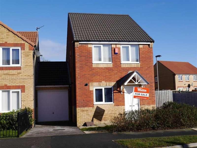 3 Bedrooms Detached House for sale in Burnham Avenue, Bierley, BD4 6JE