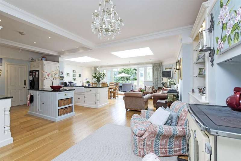 5 Bedrooms Semi Detached House for sale in Birchlands Avenue, Nightingale Triangle, London, SW12