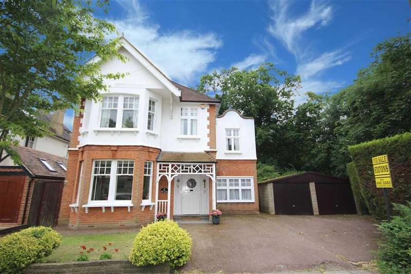6 Bedrooms Detached House for sale in Hadley Grove, Hadley Green, Hertfordshire