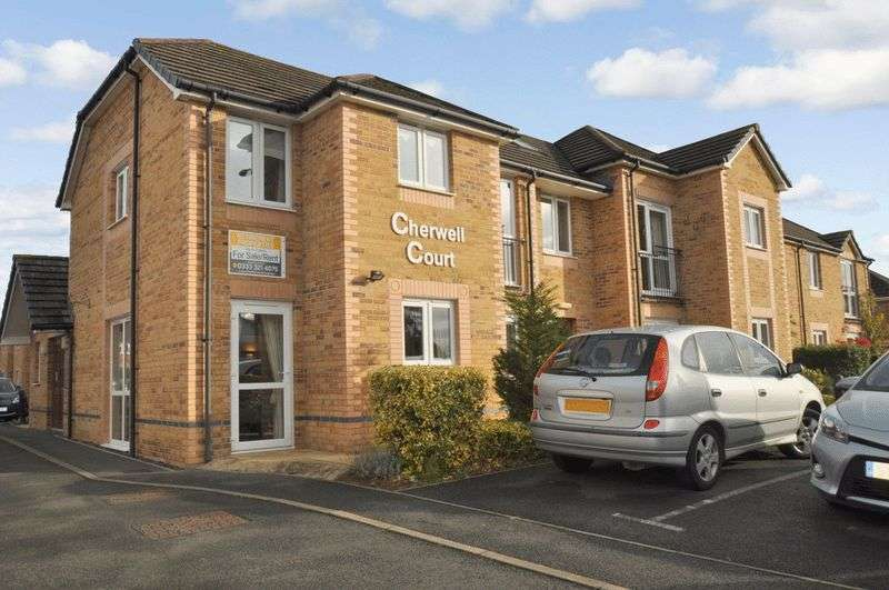 1 Bedroom Property for sale in Cherwell Court, Kidlington, OX5 2BG