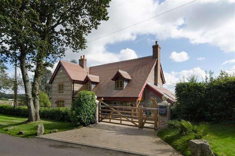 4 Bedrooms Detached House for sale in Sandy Lane, Poole, Dorset