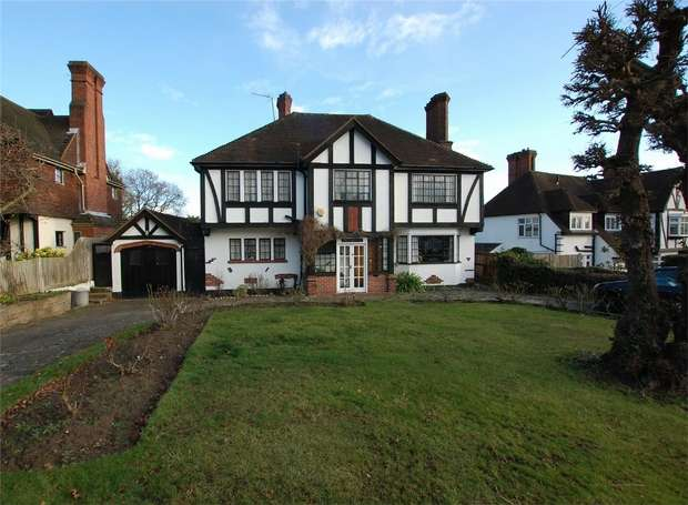 5 Bedrooms Detached House for sale in Downs Hill, BECKENHAM, Kent