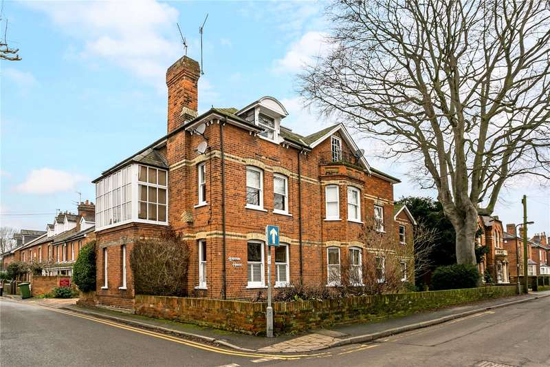 2 Bedrooms Flat for sale in Leighton House, 13 Glade Road, Marlow, Buckinghamshire, SL7