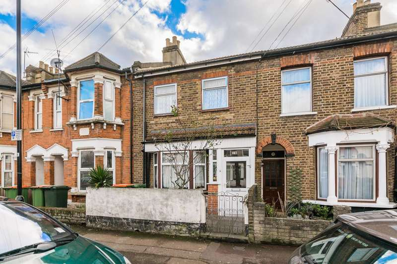 3 Bedrooms House for sale in Stanley Road, Manor Park, E12