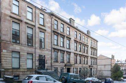 2 Bedrooms Flat for sale in Cecil Street, Glasgow