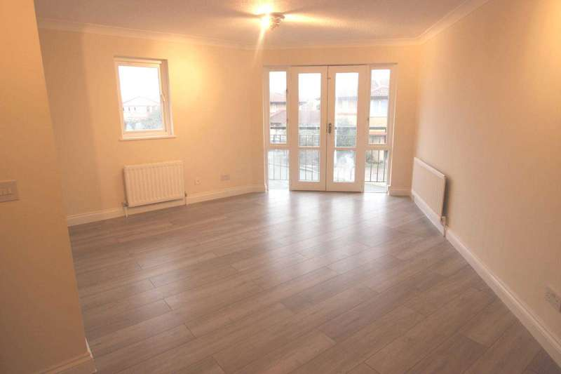 2 Bedrooms Apartment Flat for sale in Templar Drive, Thamesmead, SE28 8PH