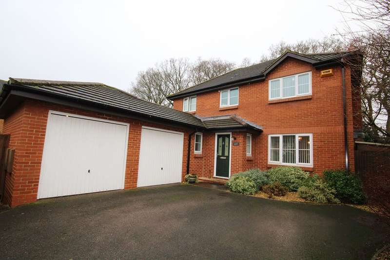 4 Bedrooms Detached House for sale in Hazelwood Drive, Verwood, BH31