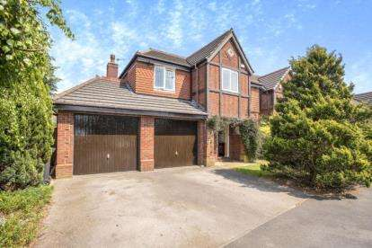 4 Bedrooms Detached House for sale in Kingsley Road, Cottam, Preston, Lancashire, PR4