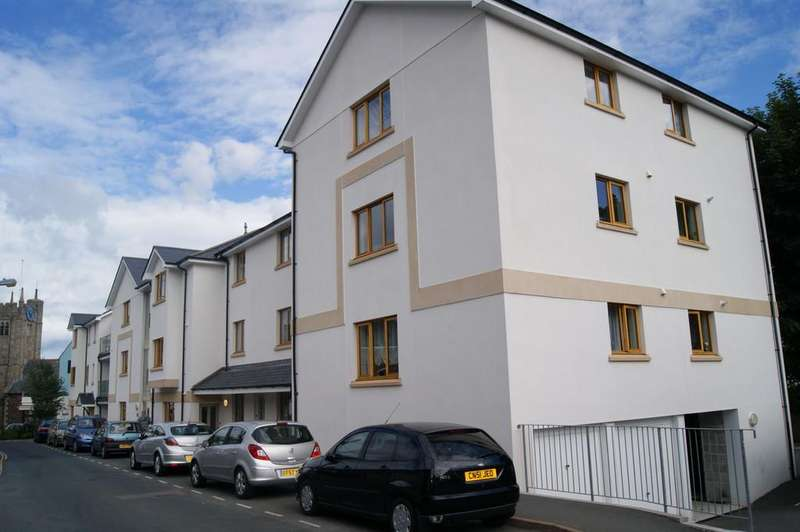 2 Bedrooms Apartment Flat for sale in Okehampton