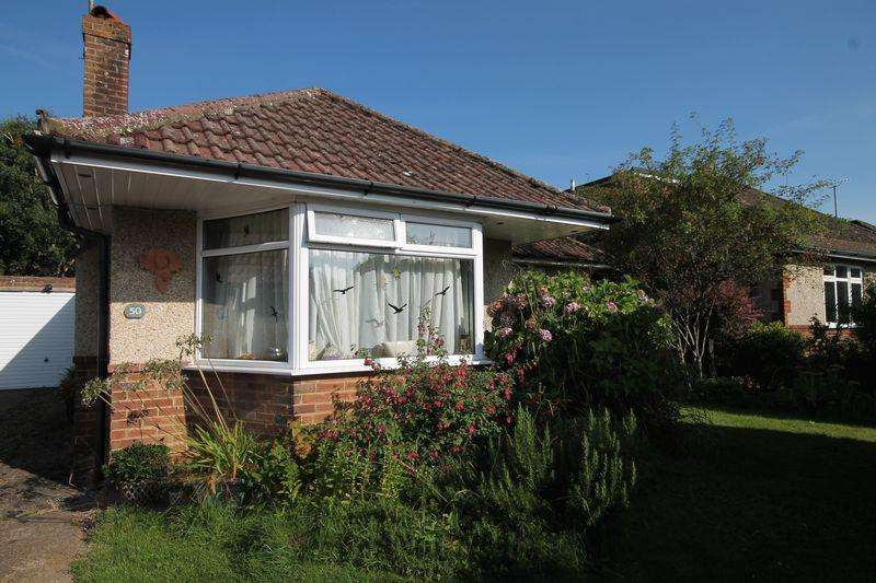 3 Bedrooms Detached Bungalow for sale in Church Mead, Keymer, West Sussex,