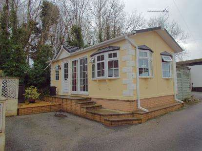 1 Bedroom Bungalow for sale in Dunmere, Bodmin, Cornwall