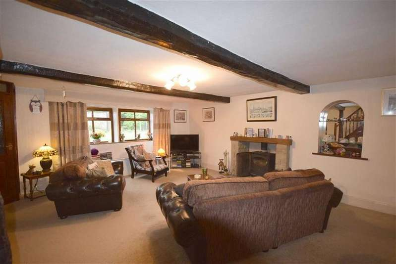 3 Bedrooms Farm House Character Property for sale in Blacko Bar Road, Roughlee, Lancashire