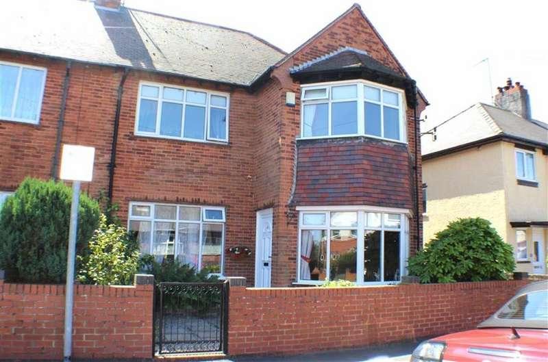 4 Bedrooms Semi Detached House for sale in East Road, Bridlington, East Yorkshire
