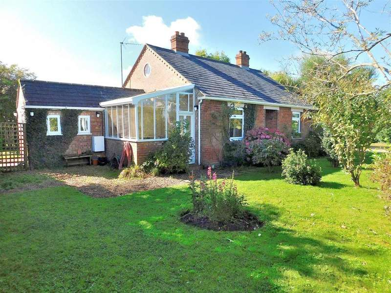 3 Bedrooms Detached Bungalow for sale in Bullock Road, Terrington St. Clement, King's Lynn