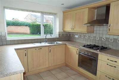 3 Bedrooms House for rent in Melford Hall Drive, West Bridgford