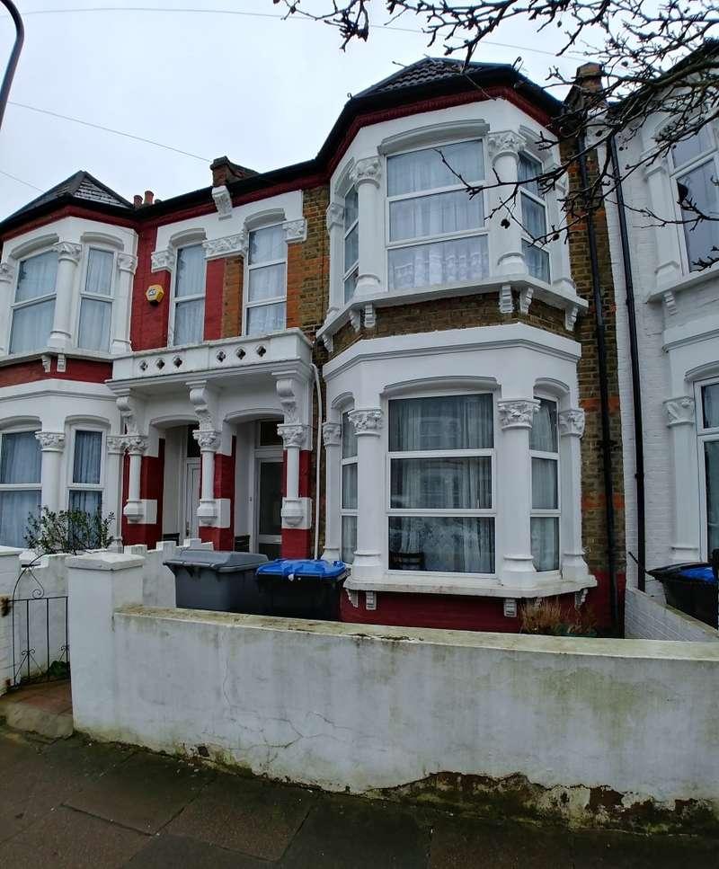 4 Bedrooms Terraced House for sale in Burrows Road, Kensal Green, London, NW10 5SJ