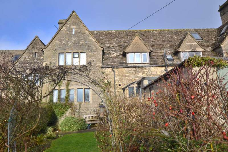 3 Bedrooms Cottage House for sale in Amberley, Stroud, Gloucestershire, GL5 5AQ