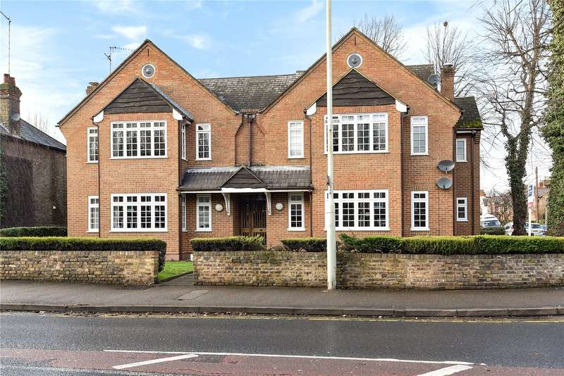 2 Bedrooms Apartment Flat for sale in Nightingale Road, Rickmansworth, Hertfordshire, WD3