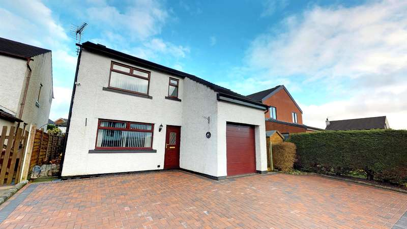 4 Bedrooms Detached House for sale in Milking Lane Lower Darwen BB3 0RB