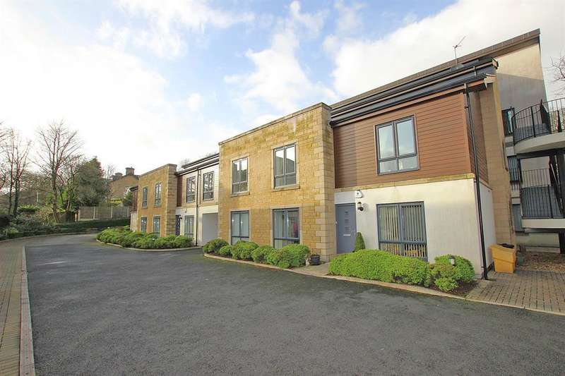 2 Bedrooms Apartment Flat for rent in The Bowling Green Oldfield Avenue Darwen BB3 1QY