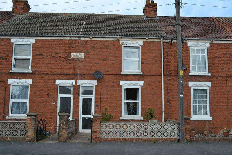 3 Bedrooms Terraced House for sale in Auckland Villas, New Holland, Barrow-Upon-Humber