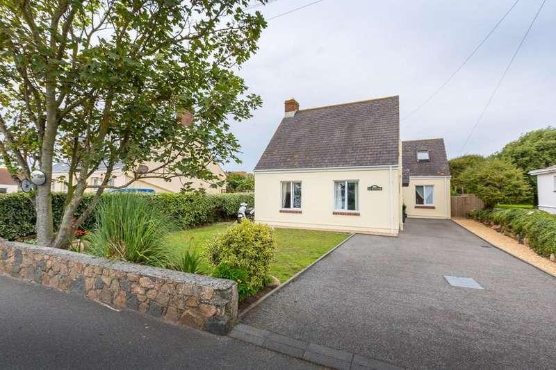 5 Bedrooms Detached House for sale in Rue De La Ronde Cheminee, Castel, Guernsey