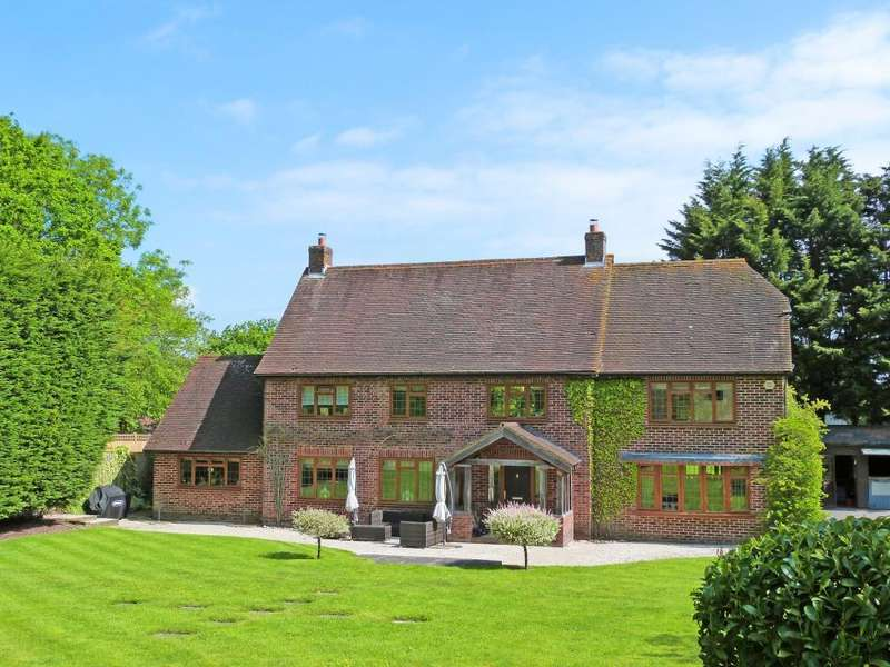 5 Bedrooms Detached House for sale in Whitesmith, East Sussex, BN8