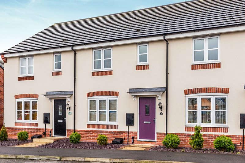 3 Bedrooms Property for sale in Sword Drive, Hinckley, LE10