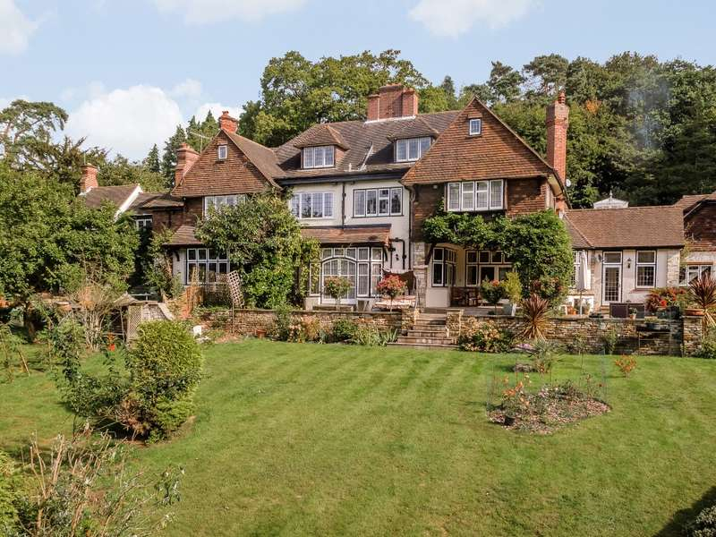 5 Bedrooms Semi Detached House for rent in Weybridge