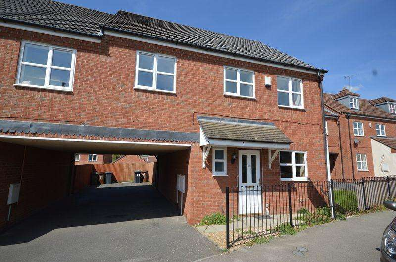 4 Bedrooms Semi Detached House for sale in Chatsworth Road, Oakley Vale, Corby
