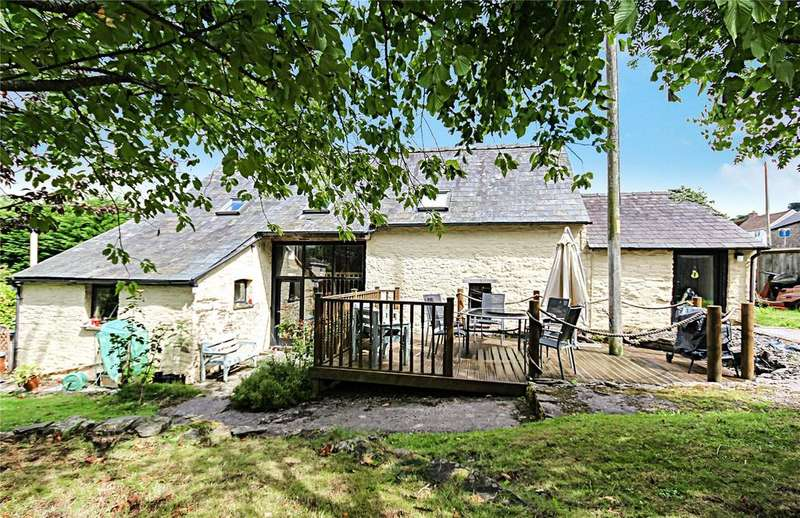 4 Bedrooms Barn Conversion Character Property for sale in Llanspyddid, Brecon, Powys