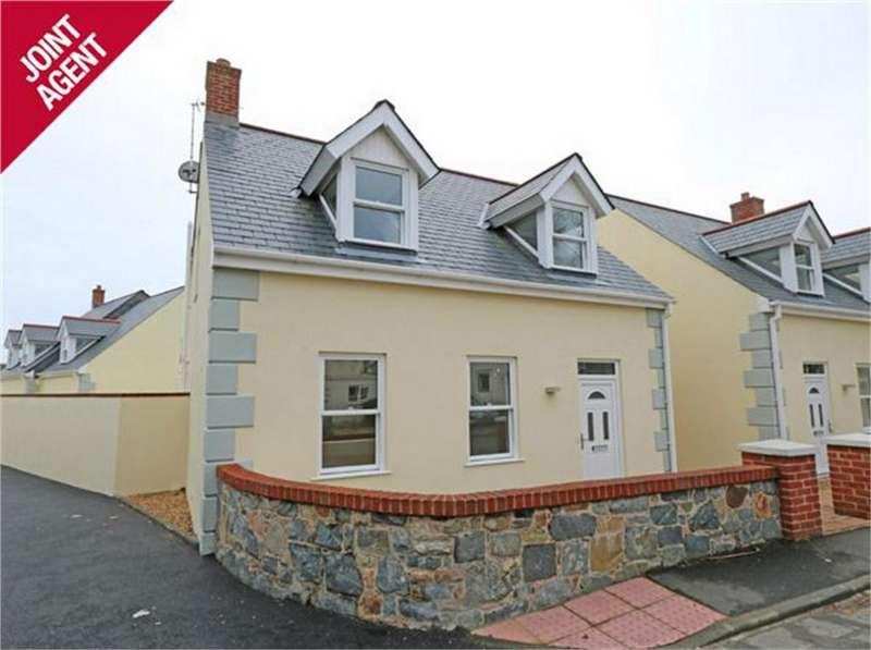 3 Bedrooms Detached House for sale in House 2, Clos Sabllounnaeux, Sandy Hook, L'Islet, St Sampson's