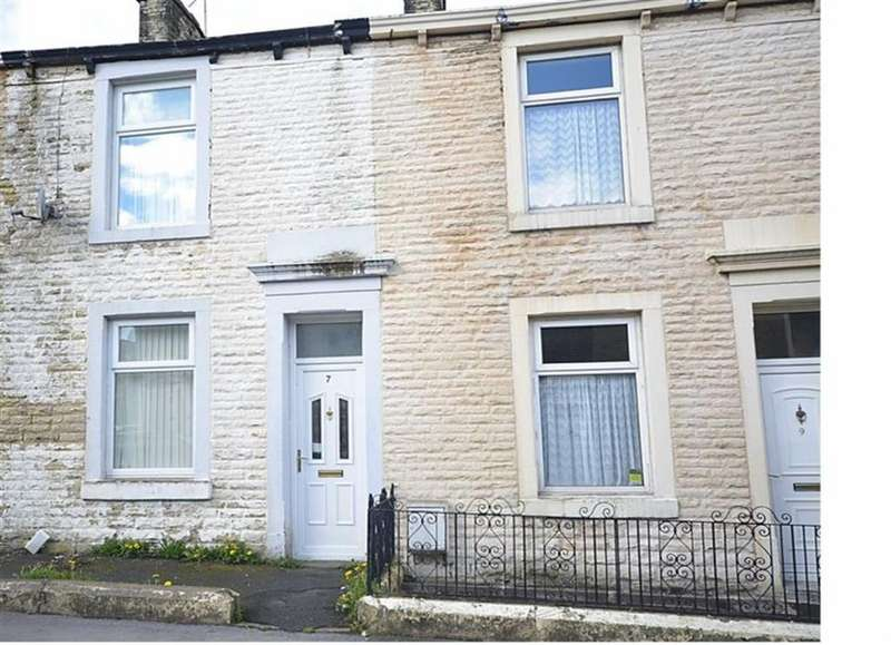 2 Bedrooms Semi Detached House for sale in Hyndburn Street, Accrington, Lancashire, BB5