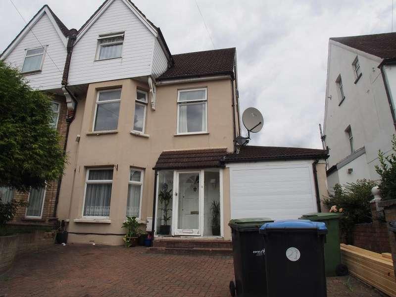 4 Bedrooms Semi Detached House for sale in Osborne road, Enfield, EN3 7RN