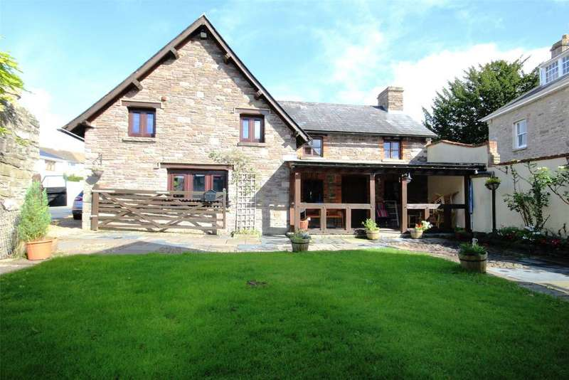 4 Bedrooms Detached House for sale in Peppercorn Lane, Brecon, Powys