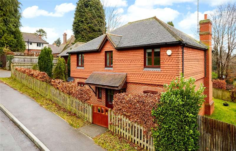 4 Bedrooms Detached House for sale in Garth Road, Sevenoaks, Kent, TN13