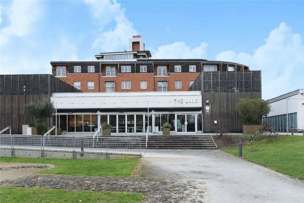 2 Bedrooms Flat for sale in Castle Quay, Castle Lane, Bedford