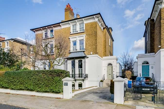 5 Bedrooms Semi Detached House for sale in Grove Park Road, Chiswick