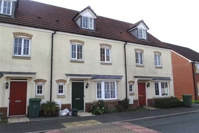 4 Bedrooms House for rent in Sherbourne Ave, Ryde