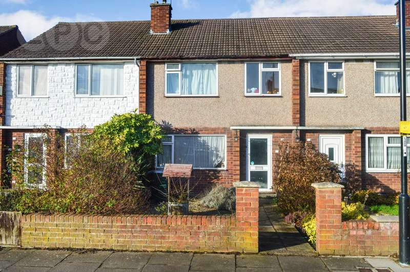 3 Bedrooms Terraced House for sale in Bletchley Drive, Allesley Park, Coventry, CV5