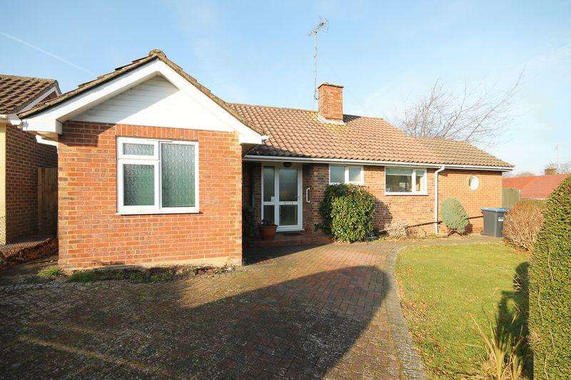 3 Bedrooms Detached Bungalow for sale in Windmill Avenue, Hassocks, West Sussex,