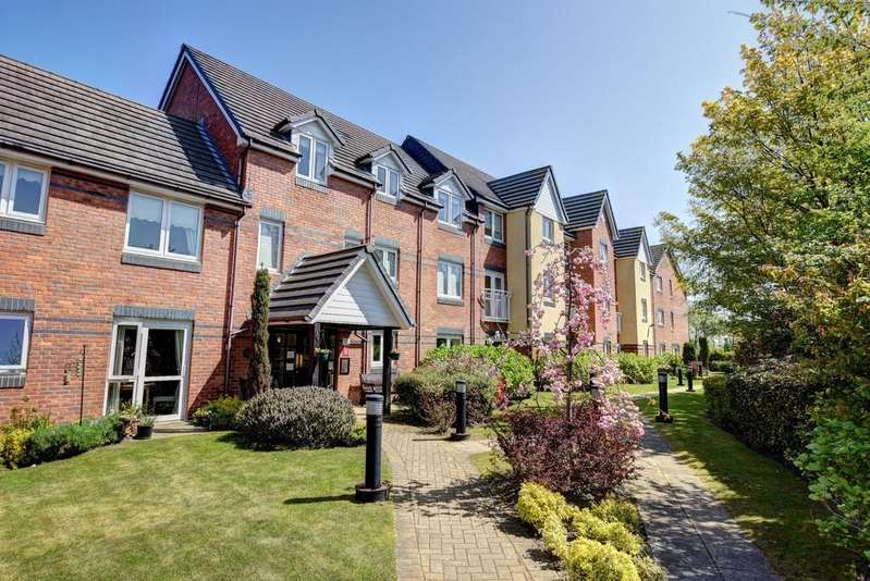 2 Bedrooms Ground Flat for sale in Willow Bank Court, East Boldon