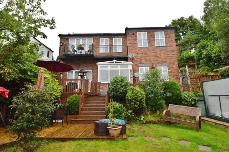 5 Bedrooms Detached House for sale in Upper Way, Upper Longdon