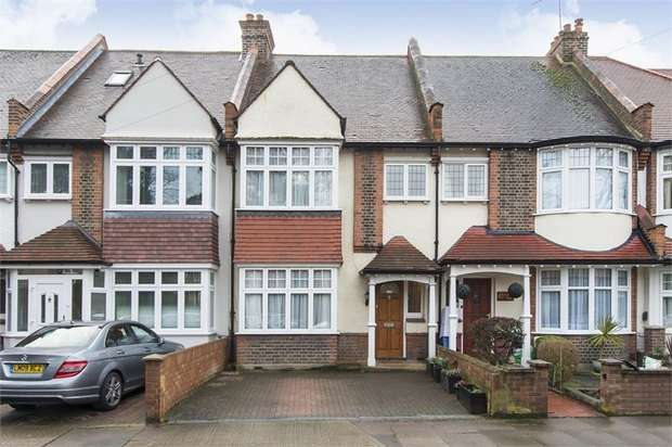 3 Bedrooms Terraced House for sale in Borough Road, Isleworth, Middlesex