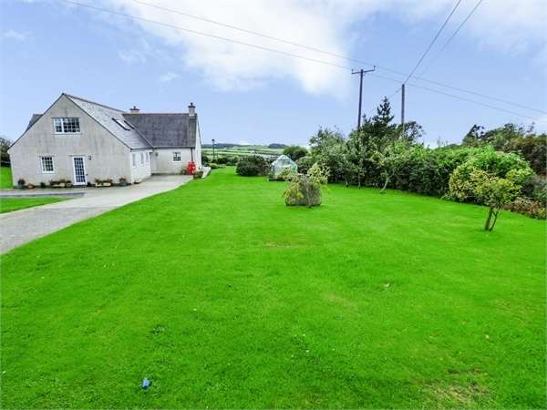 5 Bedrooms Detached House for sale in Rhydwyn, Rhydwyn, Church Bay, Holyhead, Anglesey