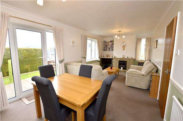 3 Bedrooms Semi Detached House for sale in Jubilee Road, Forest Green, Gloucestershire, GL6 0ND