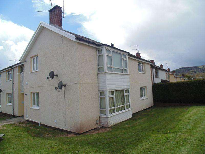2 Bedrooms Apartment Flat for sale in Ledbrook Close, St Dials. Cwmbran