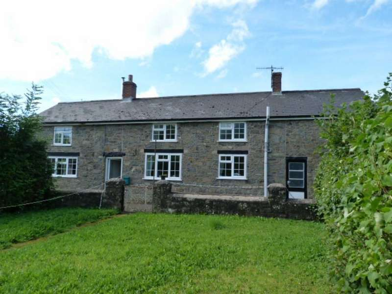 3 Bedrooms Detached House for sale in Ty Newydd, Cwm Llwyd, Carno