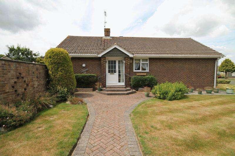 2 Bedrooms Detached Bungalow for sale in Wilderness Road, Hurstpierpoint, West Sussex,